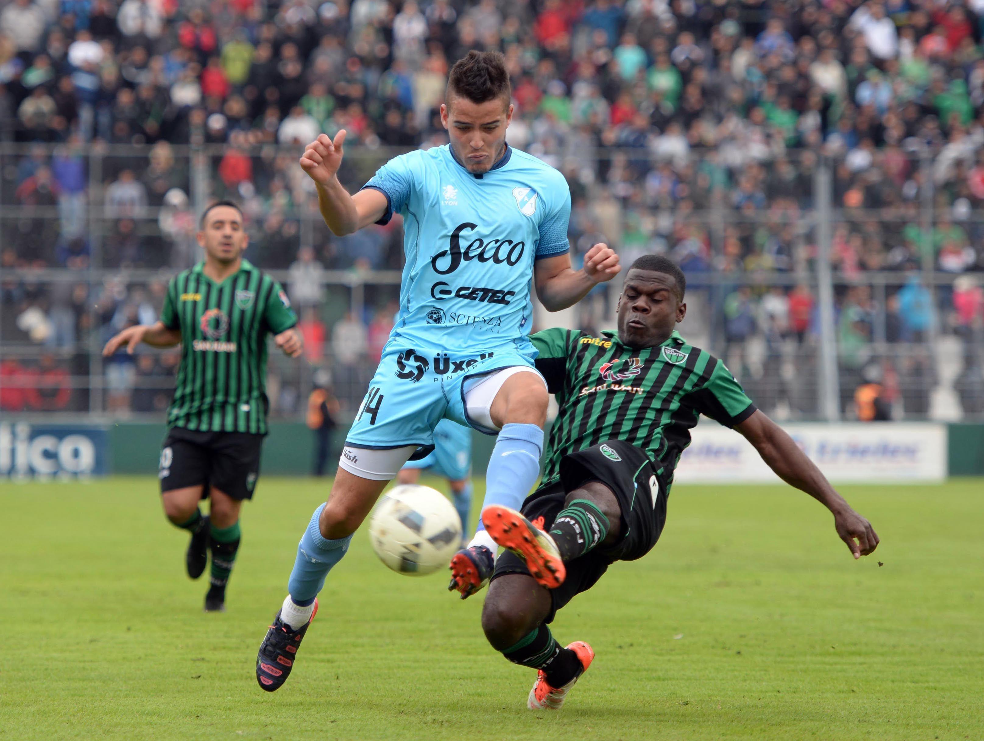 Temperley comprometió su permanencia con una derrota ante San Martín