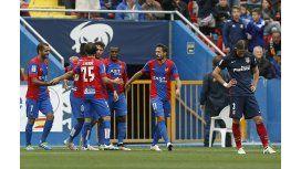 Atlético Madrid cayó con el  descendido Levante