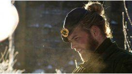 El marino más bello de Noruega copó Instagram con fotos que derriten la nieve
