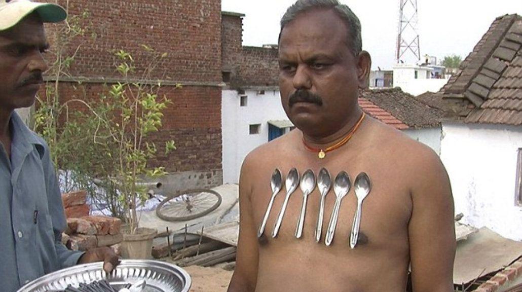 El verdadero Magneto: este hombre asegura ser el más atractivo de la India