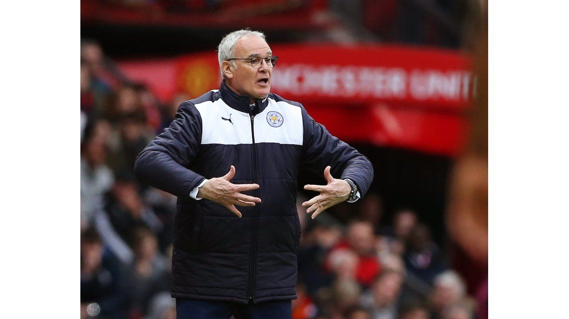 ¿Cábala? Qué hara el DT del Leicester durante el partido que puede hacerlo campeón