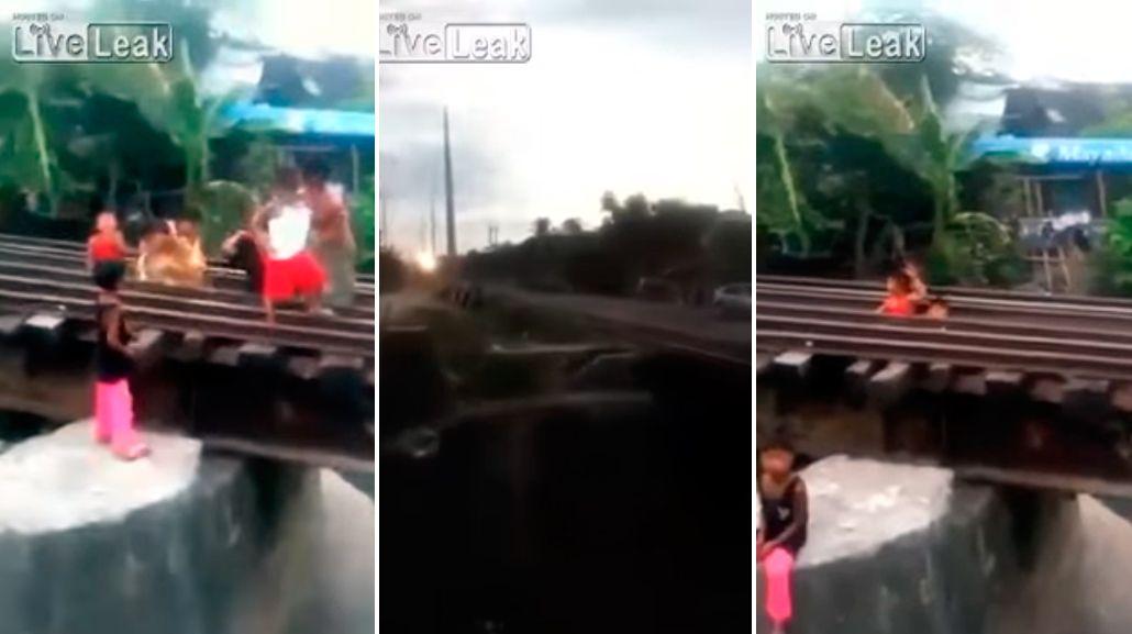 VIDEO: Un grupo de chicos se acuestan en las vías cuando pasa el tren