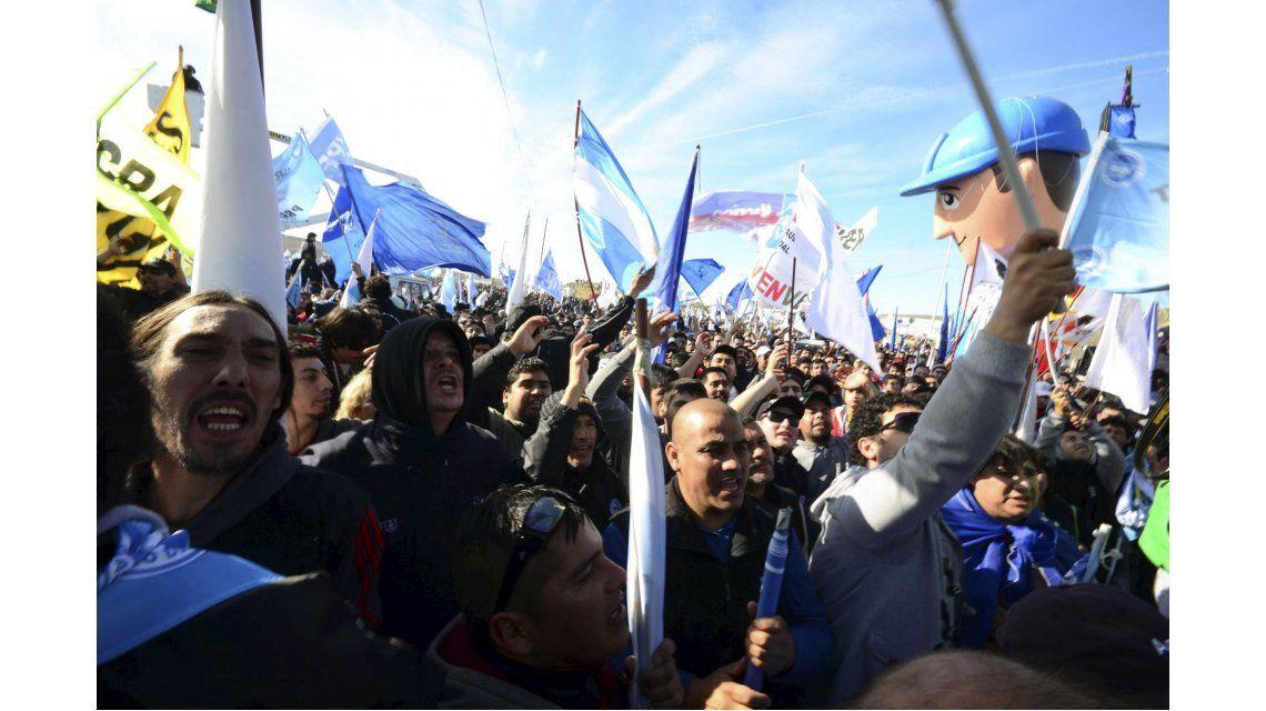 Las fotos del paro de petroleros en Comodoro Rivadavia