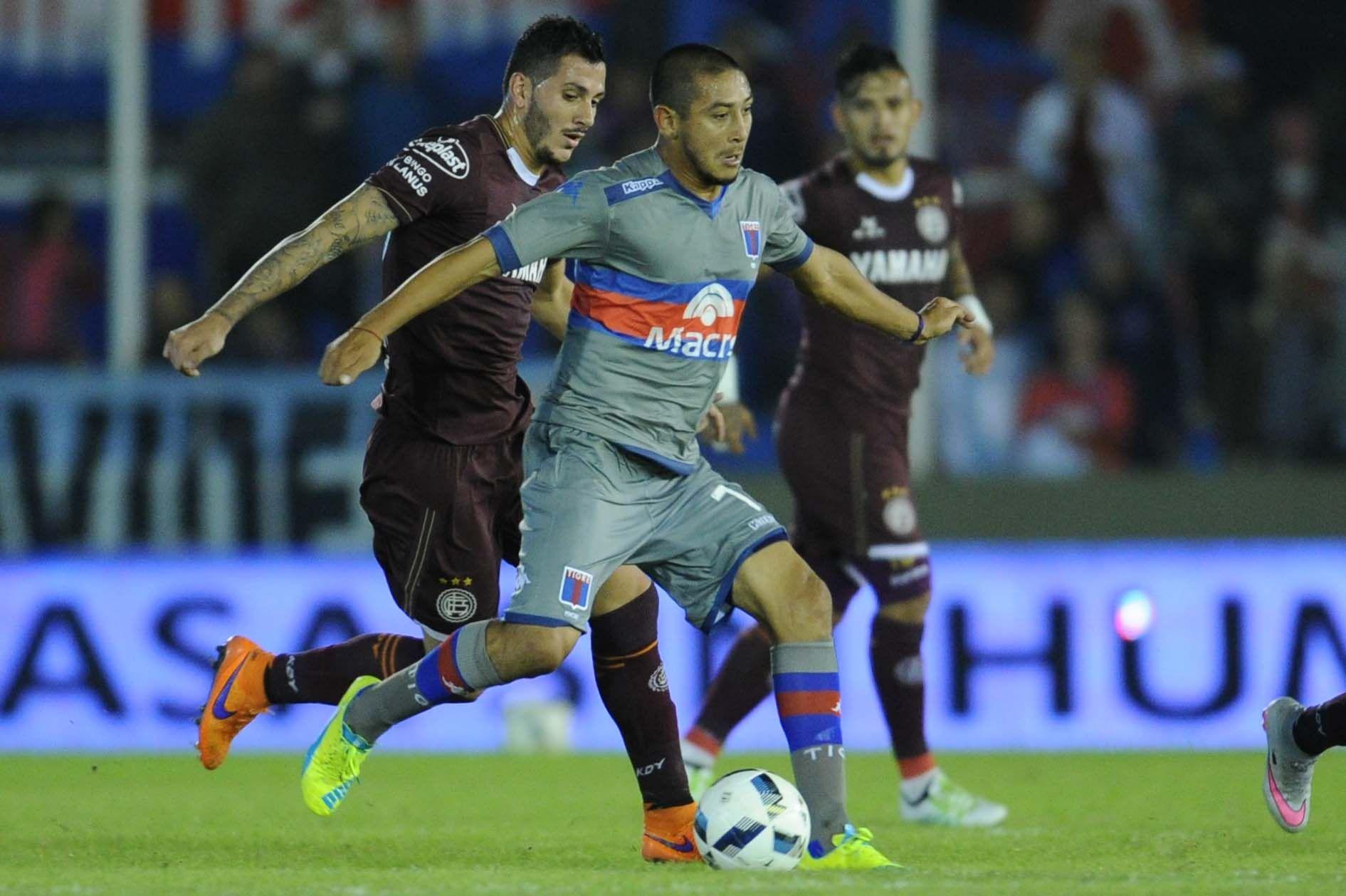 Lanús le ganó a Tigre y se afianza en la punta de la Zona 2