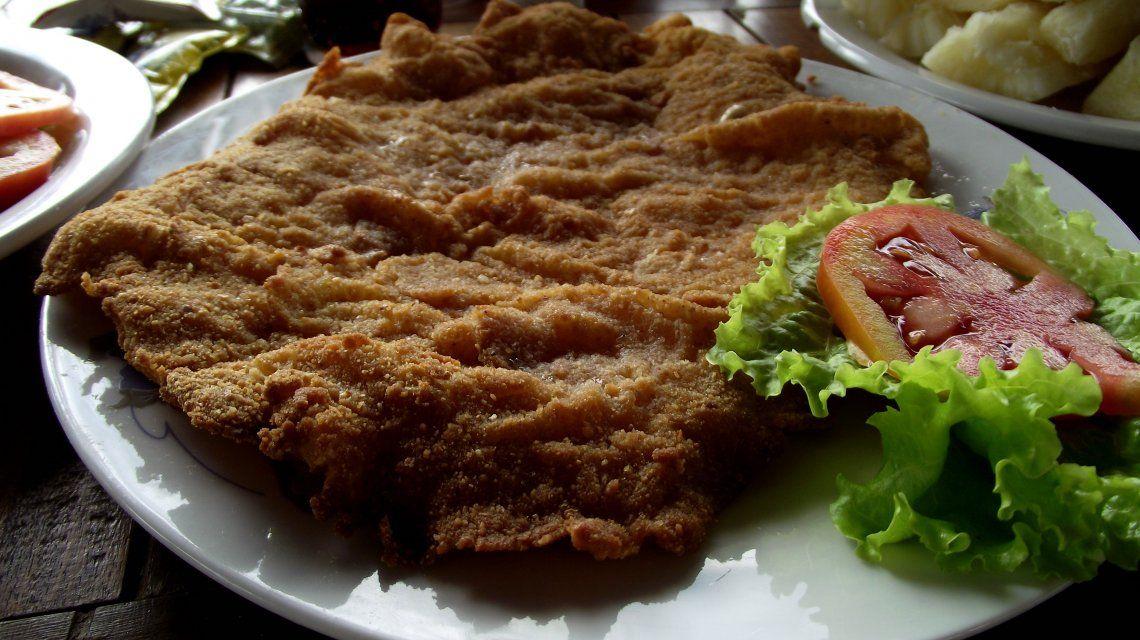 La verdad de la milanesa: conocé la historia del clásico plato en su día