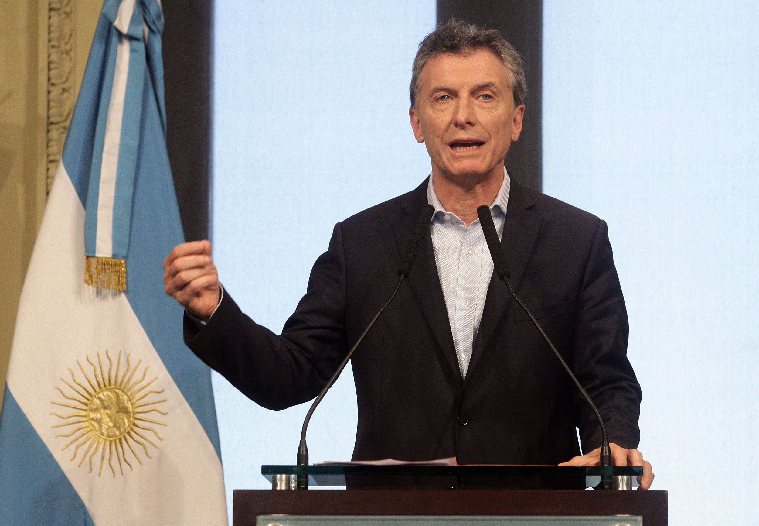 Estos son los 3 puntos que firmaron empresarios con Macri para frenar despidos