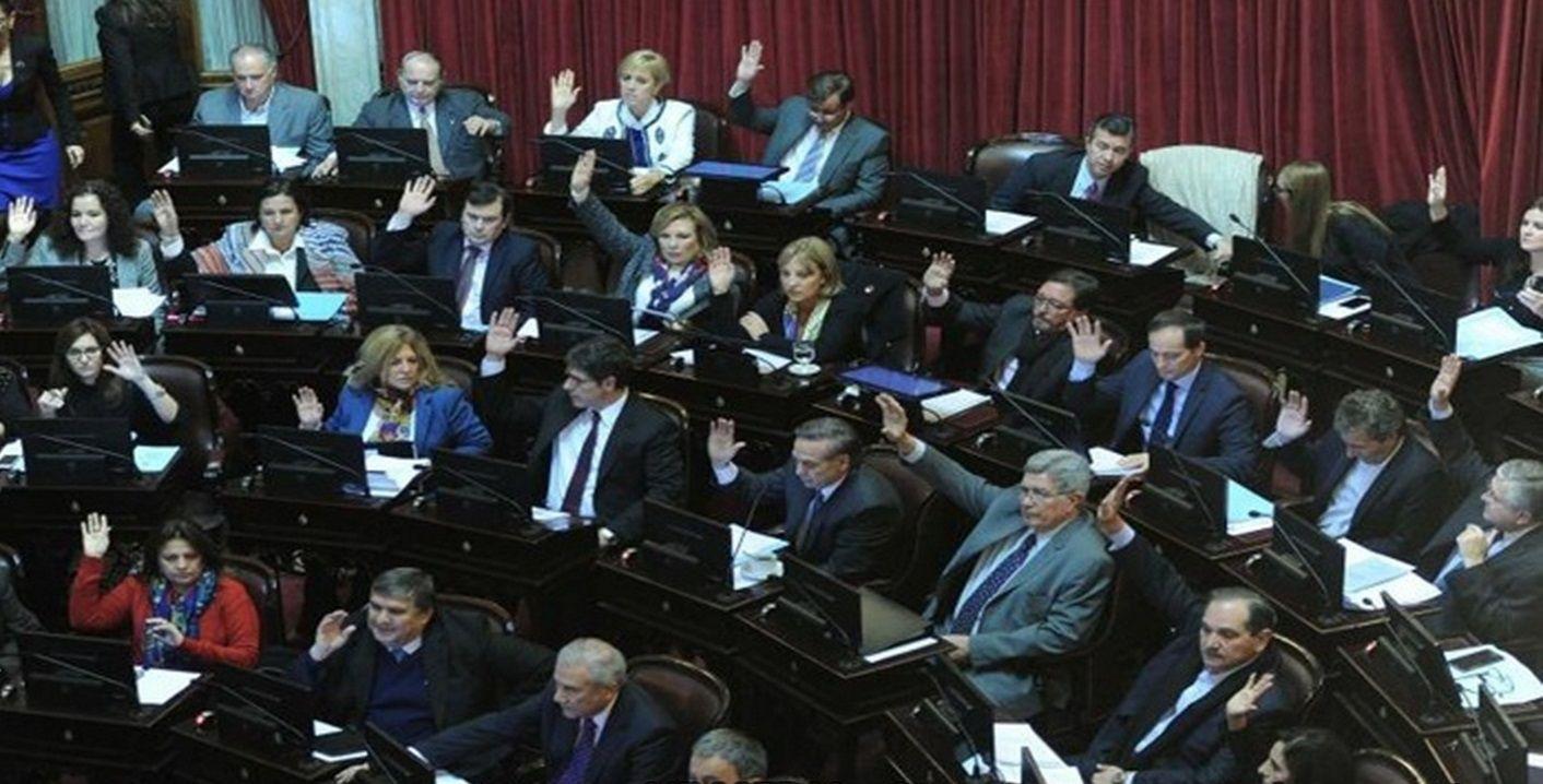 Tras la media sanción en Senado: ¿cómo sigue la ley antidespidos en el Congreso?