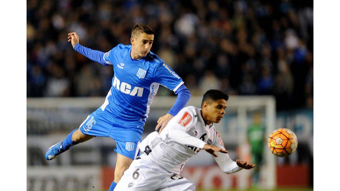 Racing igualó sin goles ante Atlético Mineiro y dejó la serie abierta