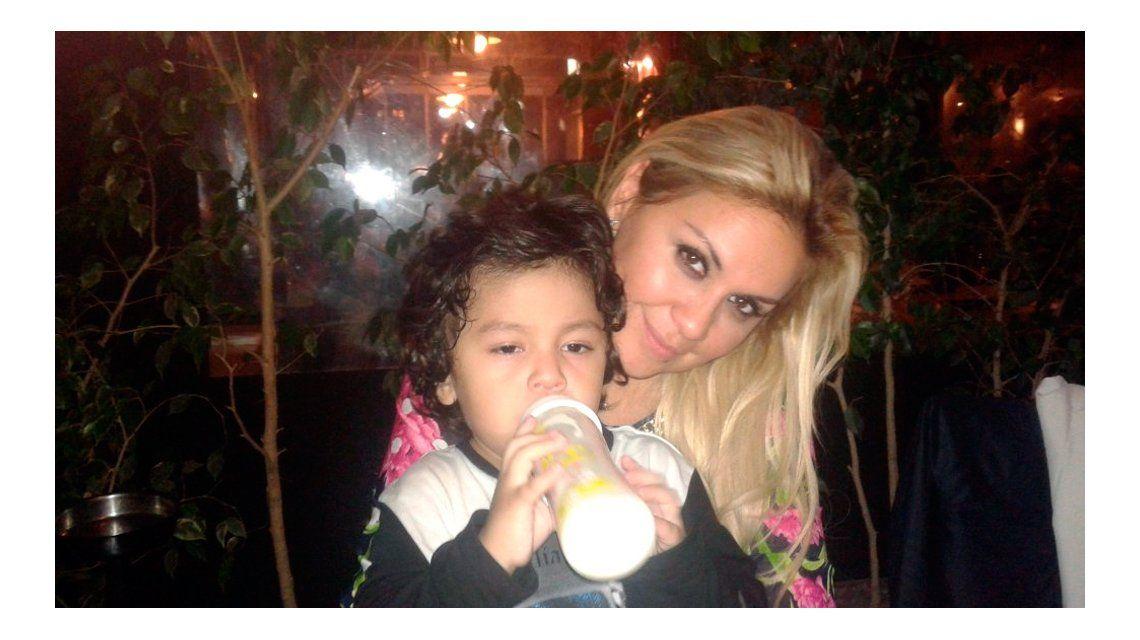 Dieguito Fernando se recupera y ya está con su mamá