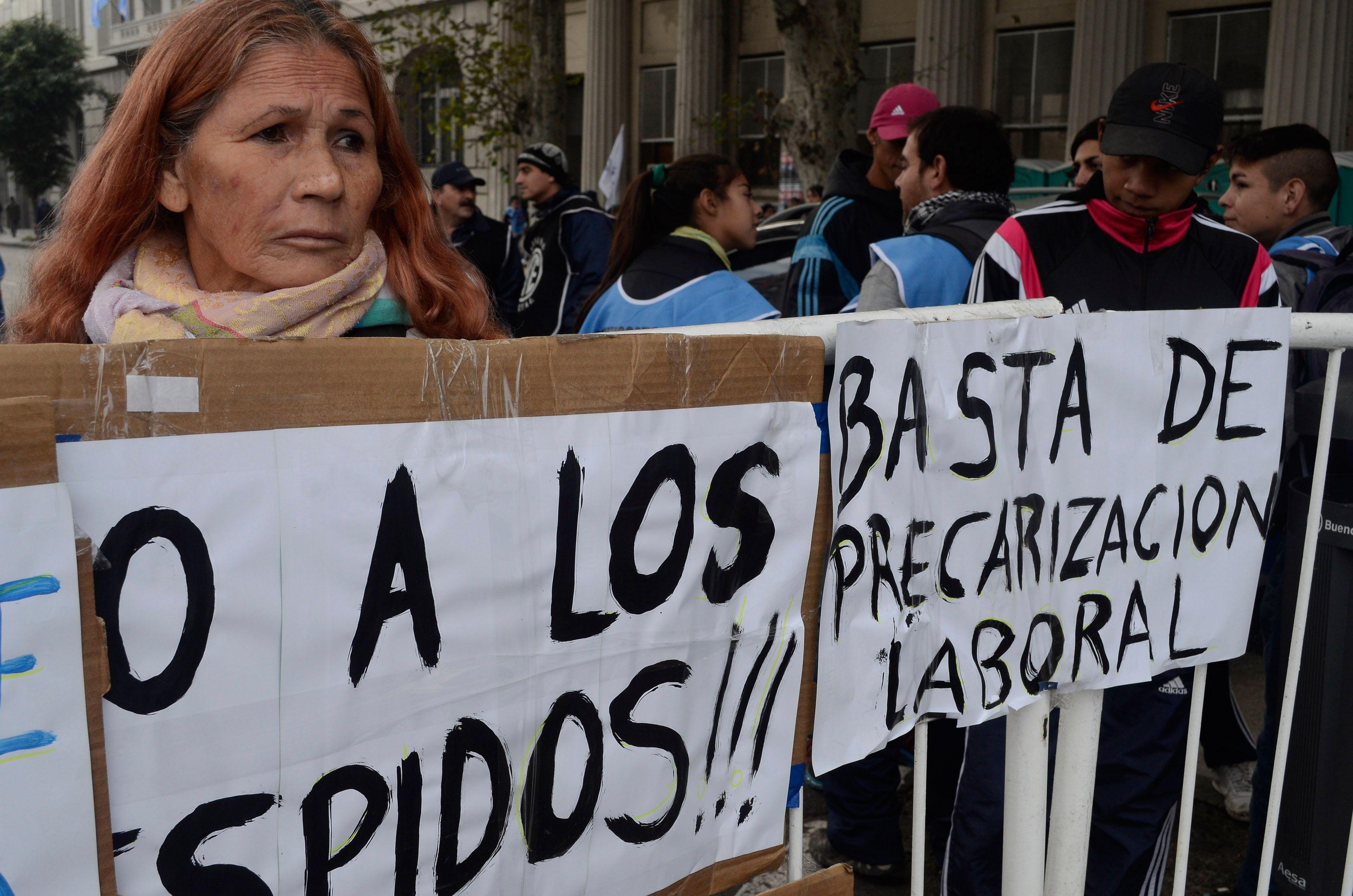 En el primer año de Macri se perdieron cerca de 200 mil empleos<br>