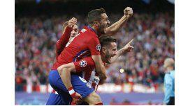 A pura gambeta: Saúl se vistió de Messi y marcó un golazo ante el Bayern