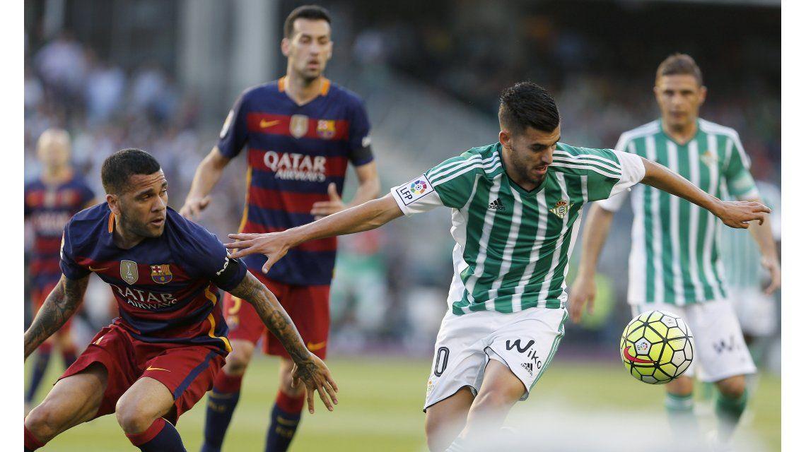 Barcelona venció al Betis con dos asistencias de Messi y es nuevamente líder de la Liga