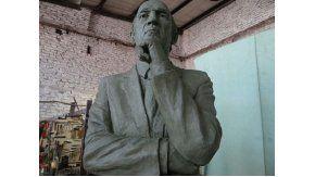 El Virrey será el primer entrenador con dos estatuas en clubes diferentes