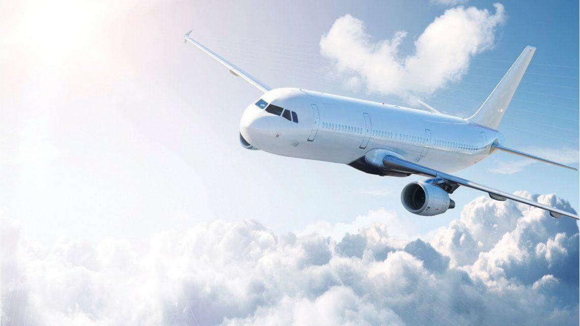 Echaron de un avión a un estudiante iraquí por hablar árabe