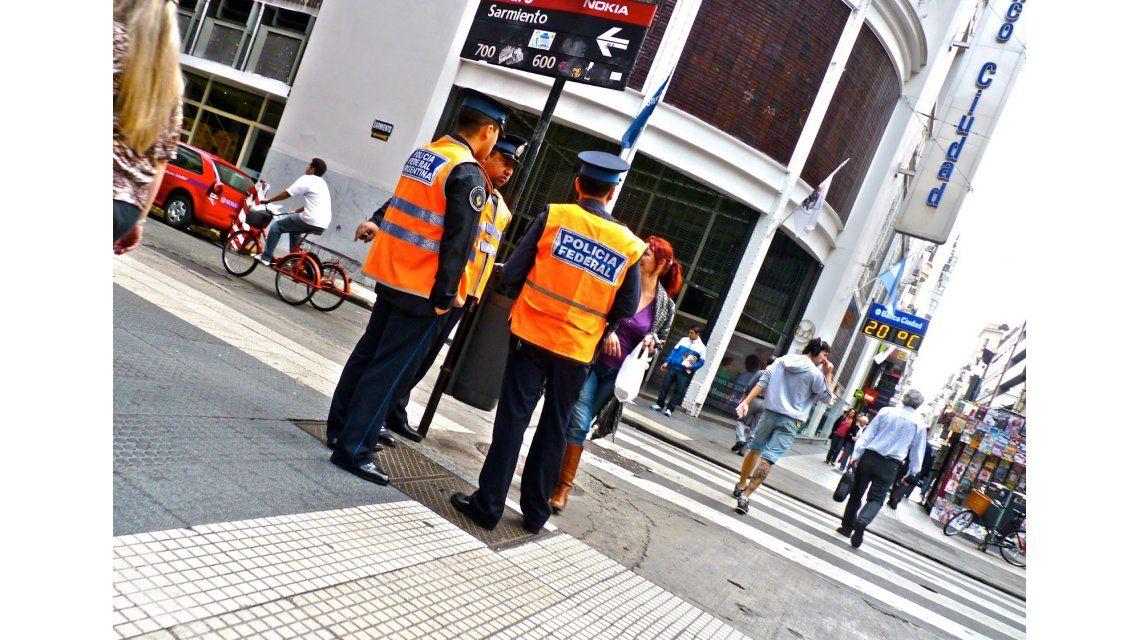 VIDEO: ¿Qué hacer si te para la policía en la calle?
