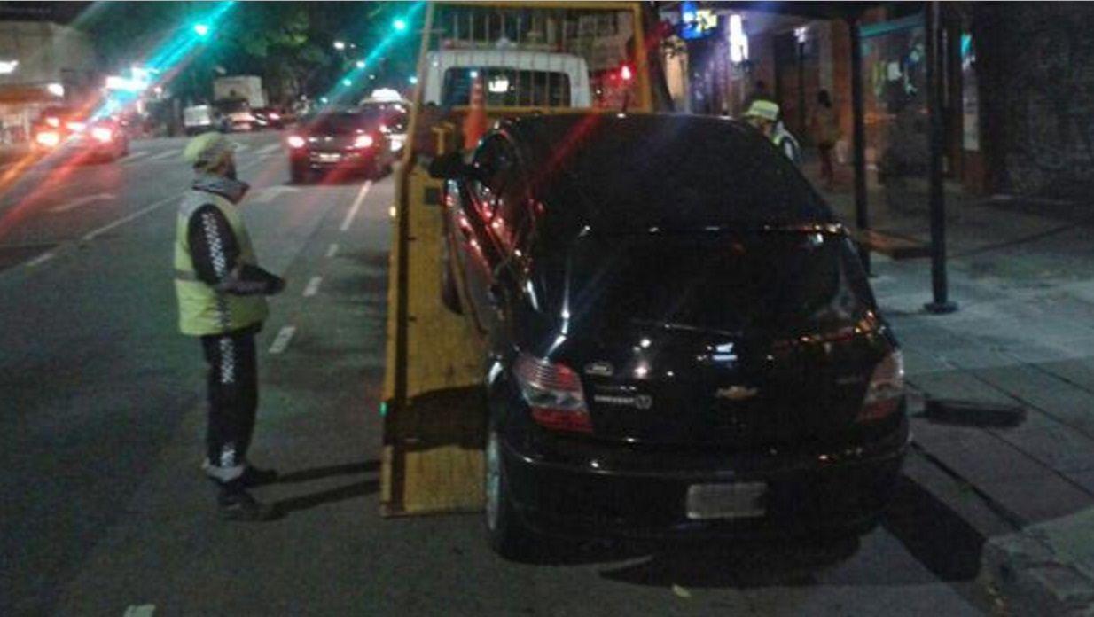 Primera multa a un chofer de Uber: le llevaron el auto y tuvo que pagar $77 mil