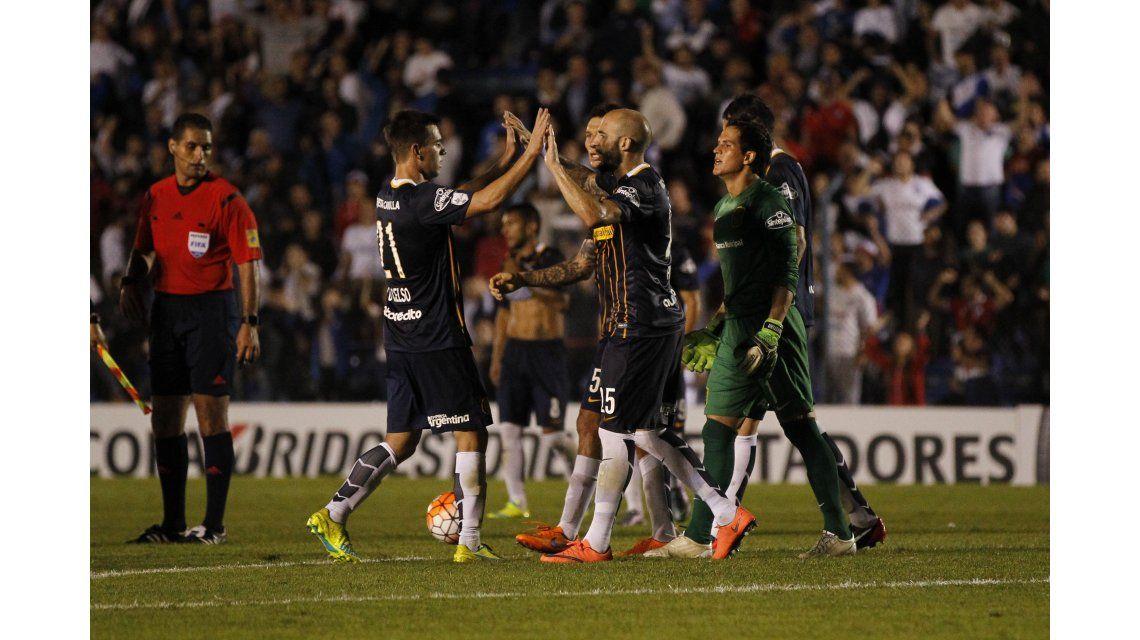 Rosario Central se trajo un triunfazo ante Gremio con un gol de Marco Ruben