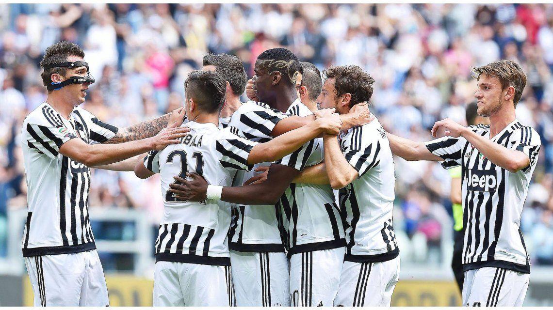 Con Dybala, Juventus goleó y se encamina al pentacampeonato