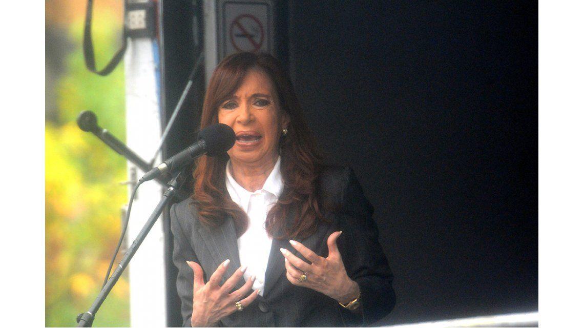 Cristina pidió ser querellante en la causa contra Sturzenegger y Bonadio