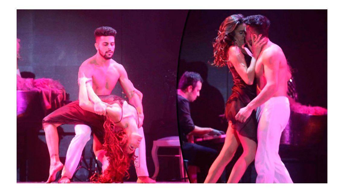 El costado sexy de Juana Viale: a los besos con Facundo Mazzei en el escenario