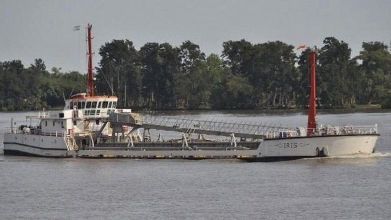 Cayó al río Paraná tras el choque de dos barcos y es intensamente buscado
