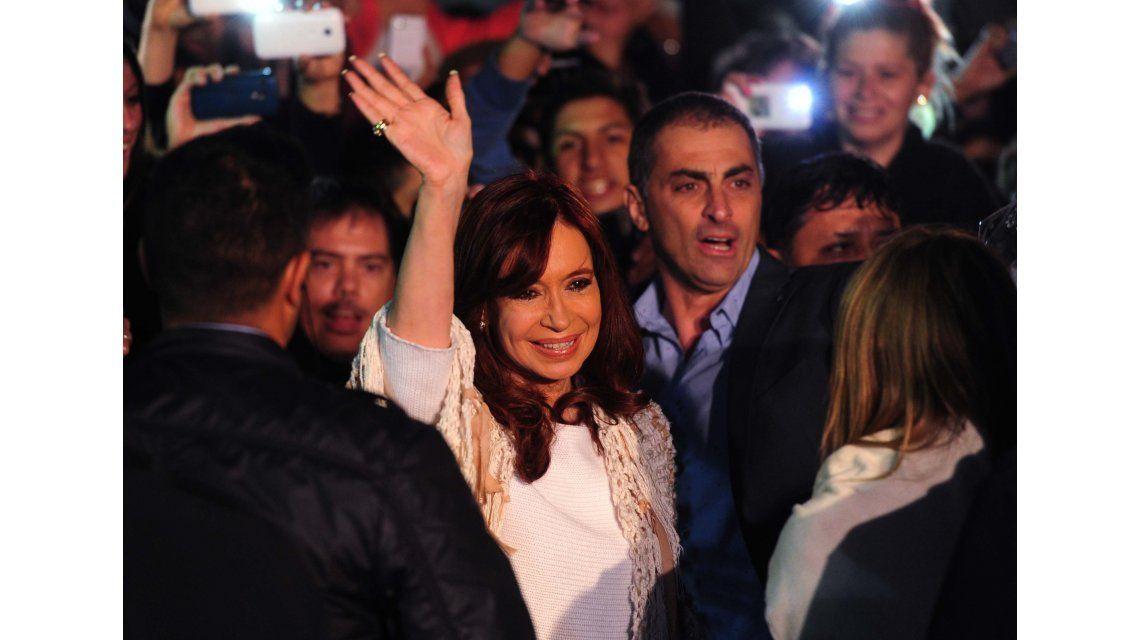 Cristina declara ante Bonadio y se espera gran convocatoria militante
