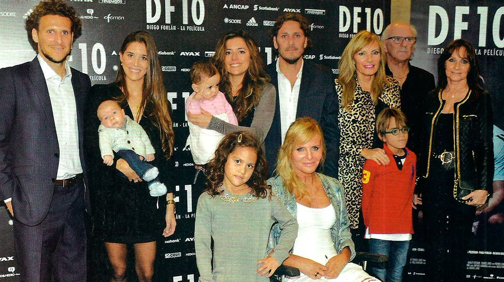 Diego Forlán mostró en sociedad a su hijo Martín