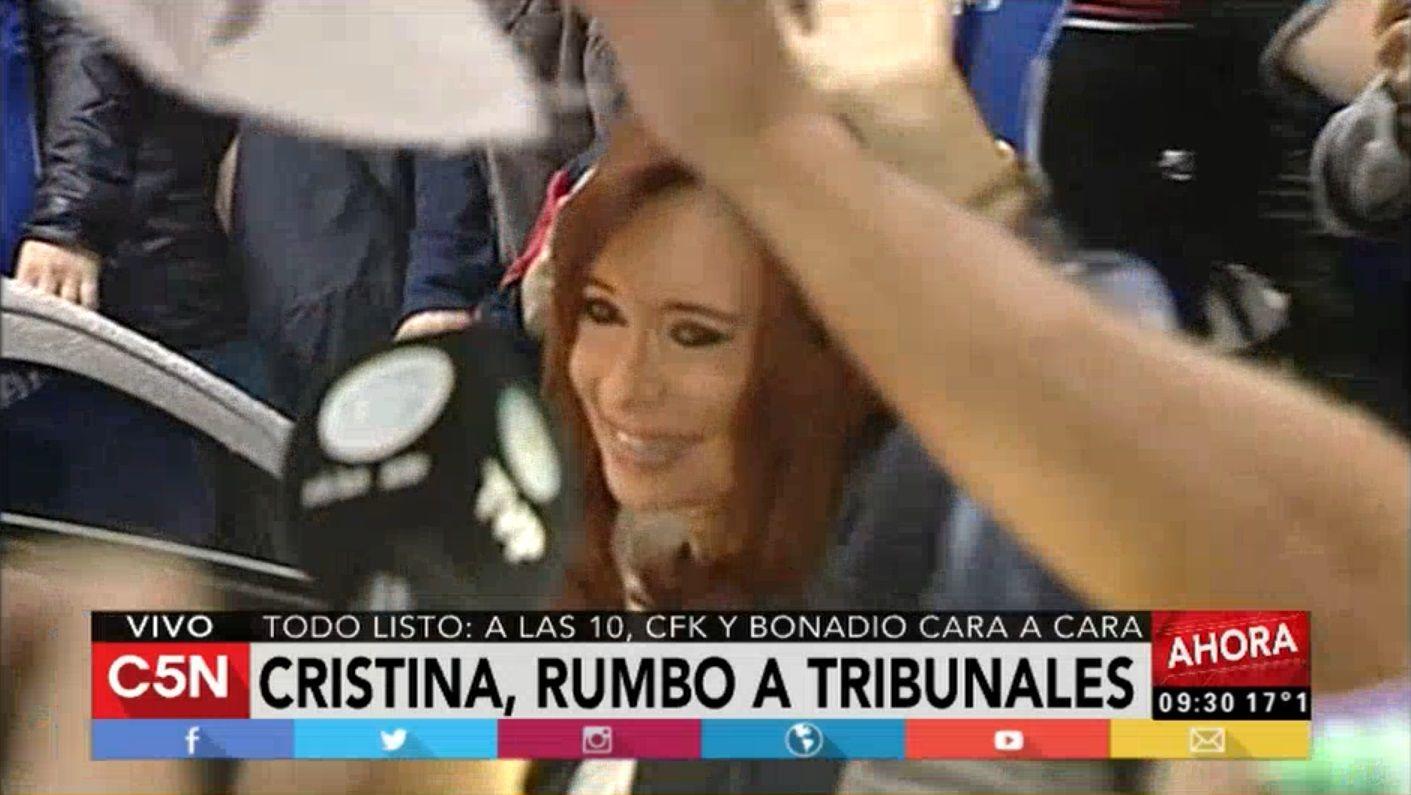 VIDEO: Así partió Cristina Kirchner hacia Comodoro Py