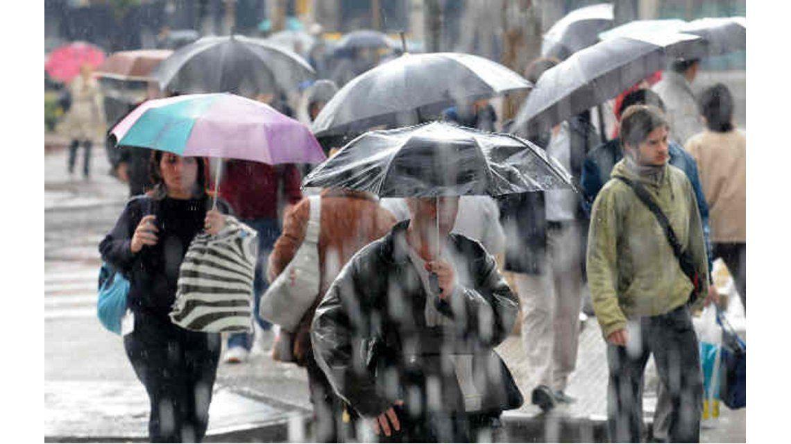 Rige alerta por tormentas fuertes en la Ciudad