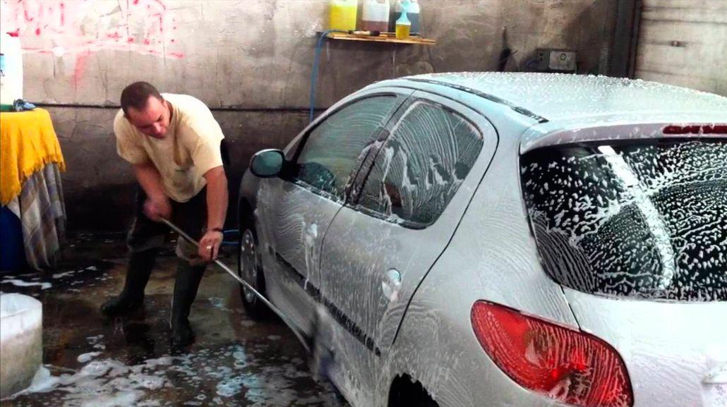 Los lavaderos de autos que cobran menos de $150 son truchos