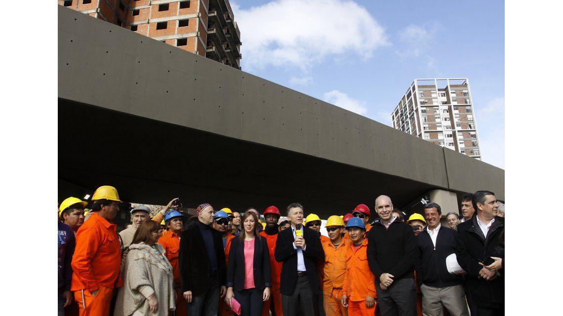 Empresarios de la construcción reclaman al Gobierno urgente reactivación de la obra pública