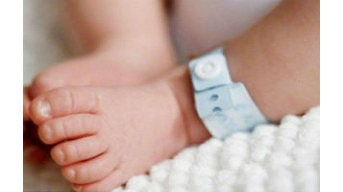 Indignante: quiso vender a su bebe en internet