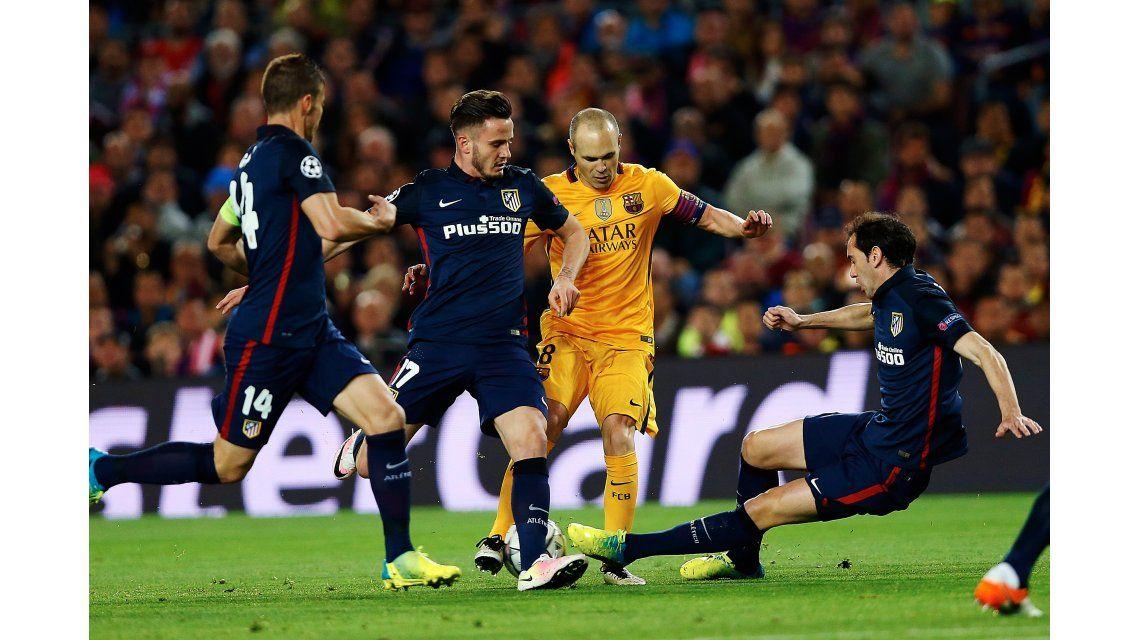 Con dos goles de Suárez, Barcelona se lo dio vuelta al Atlético en el Camp Nou