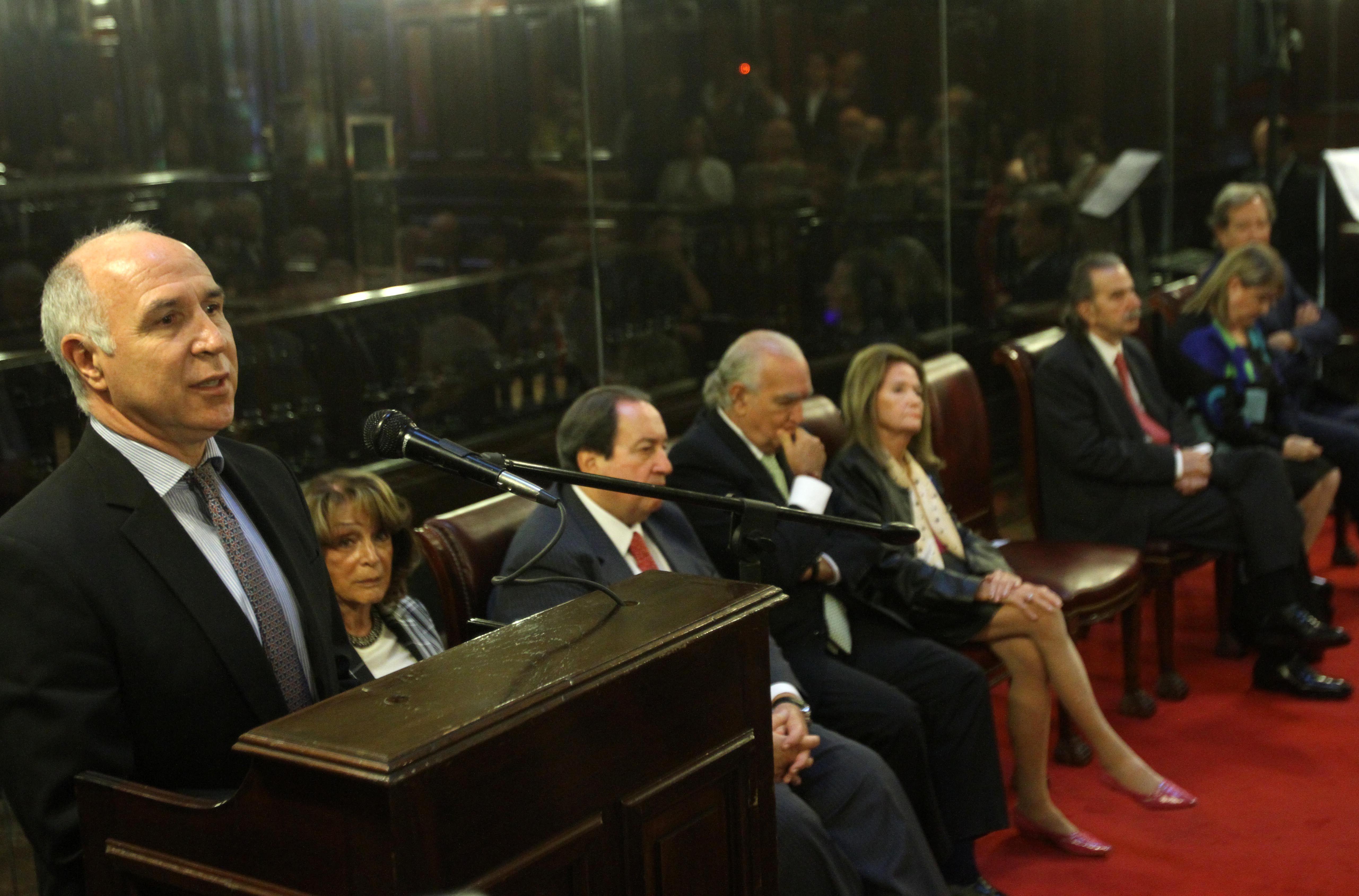 Lorenzetti:  Si el dinero público va a otro lado, indigna