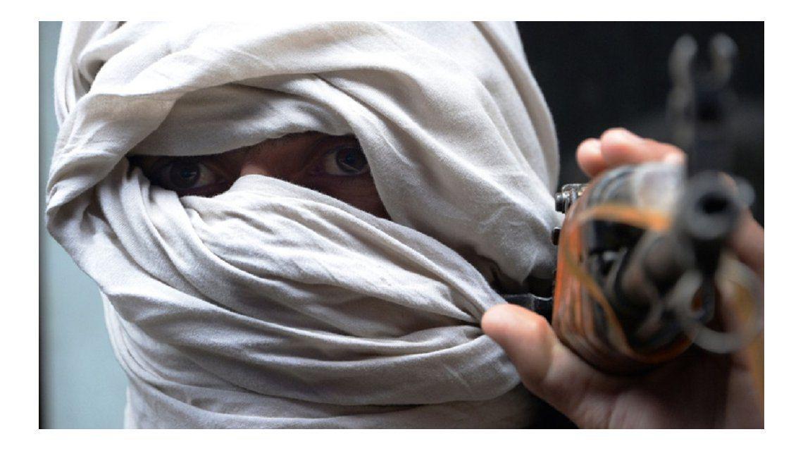 Los talibanes afganos lanzan su propia aplicación móvil
