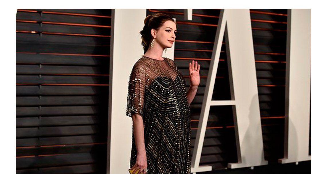 Anne Hathaway fue mamá por primera vez