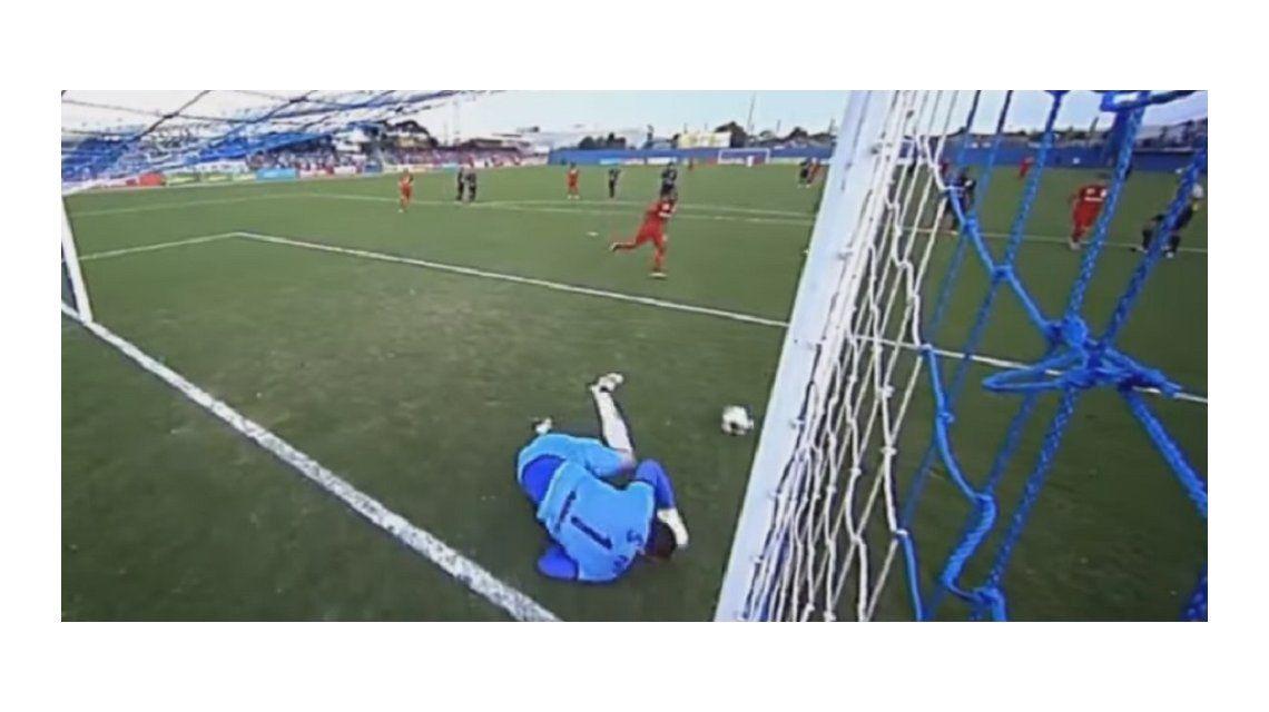 ¡Y no la metió! El penal más increíble se dio en el fútbol brasilero