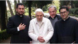 Benedicto XVI reapareció luego de los rumores sobre su estado de salud