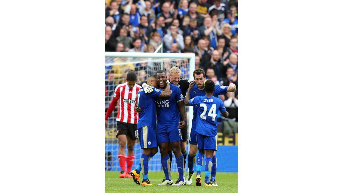 Leicester venció al Southampton y dio un gran paso hacia el título