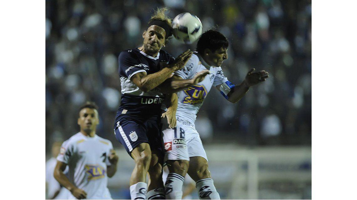 Gimnasia le ganó a Quilmes en el debut de Alfaro