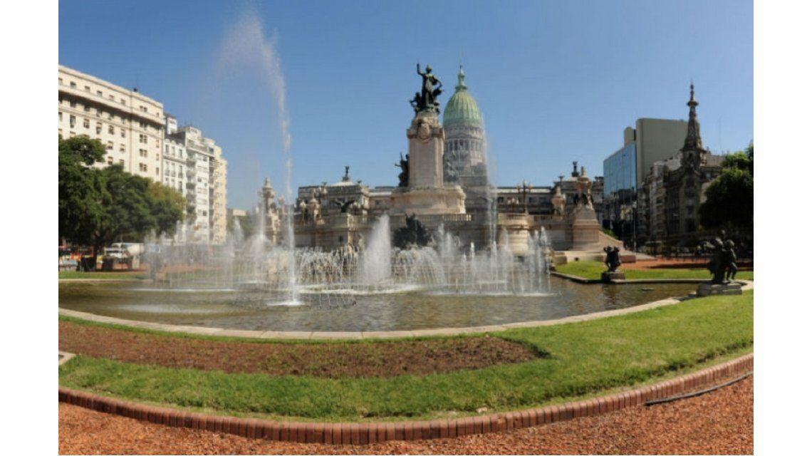 Misterioso crimen de un colombiano en la plaza Congreso