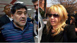 Claudia pedirá la nulidad del divorcio con Maradona