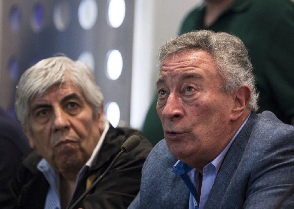 Segura le dio un cargo en AFA a Moyano, que decidirá sobre el dinero del fútbol