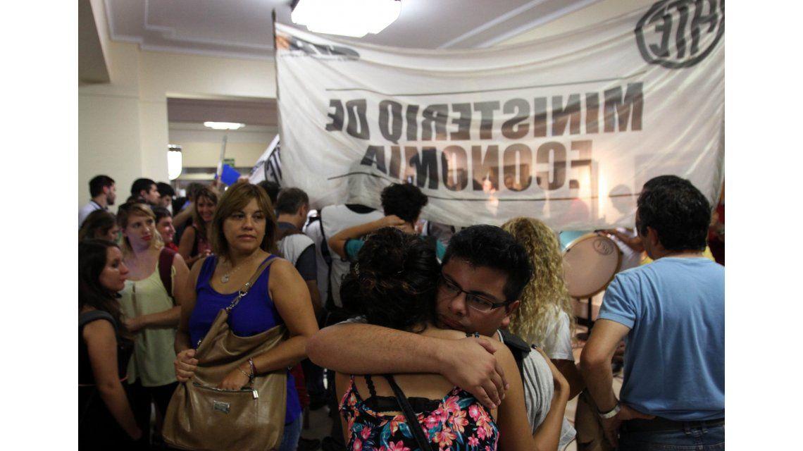 Postergan el anuncio de las subas en Transporte por la protesta estatal
