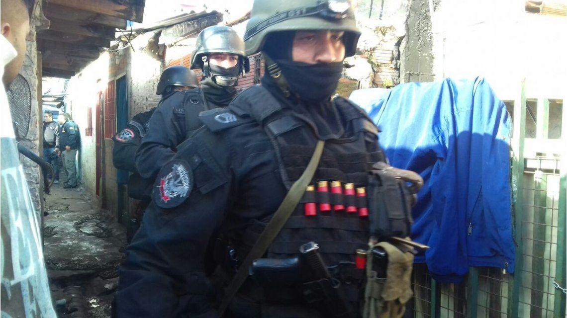 Desbaratan banda de narcos y secuestradores en Fuerte Apache: siete detenidos
