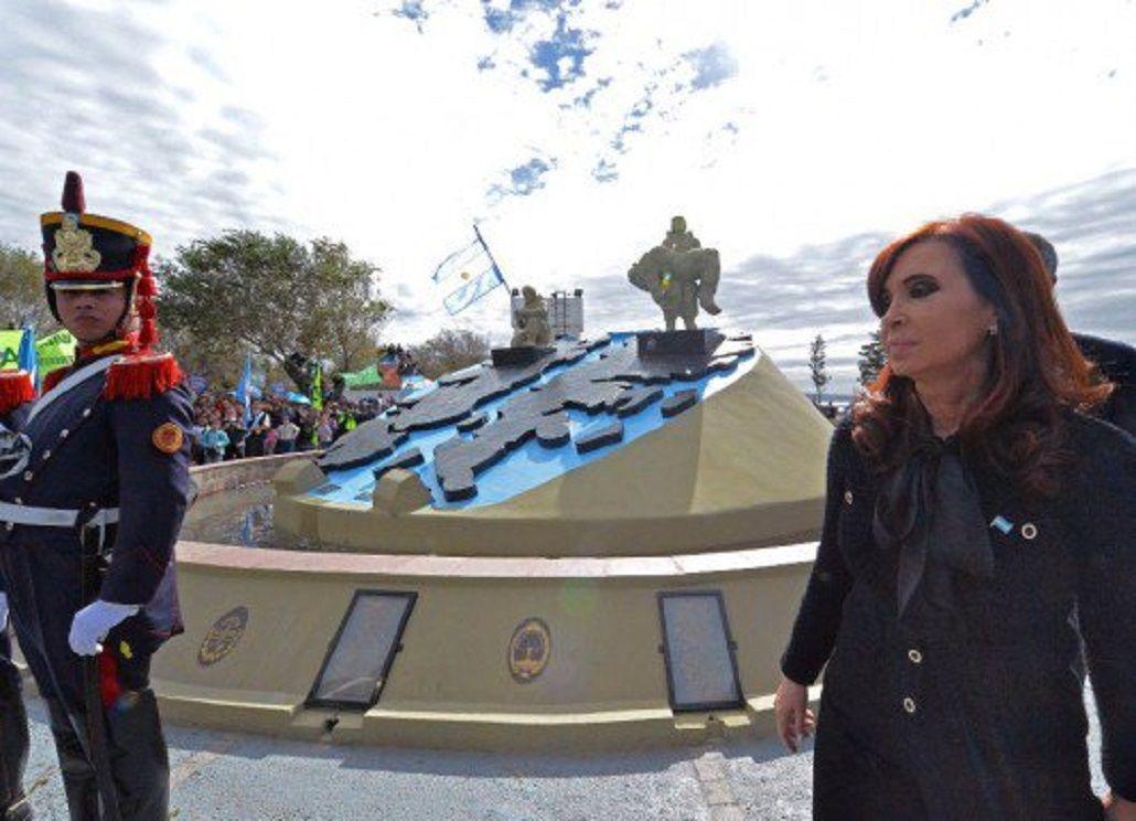 Cristina Kirchner homenajeó en las redes sociales a los caídos en Malvinas