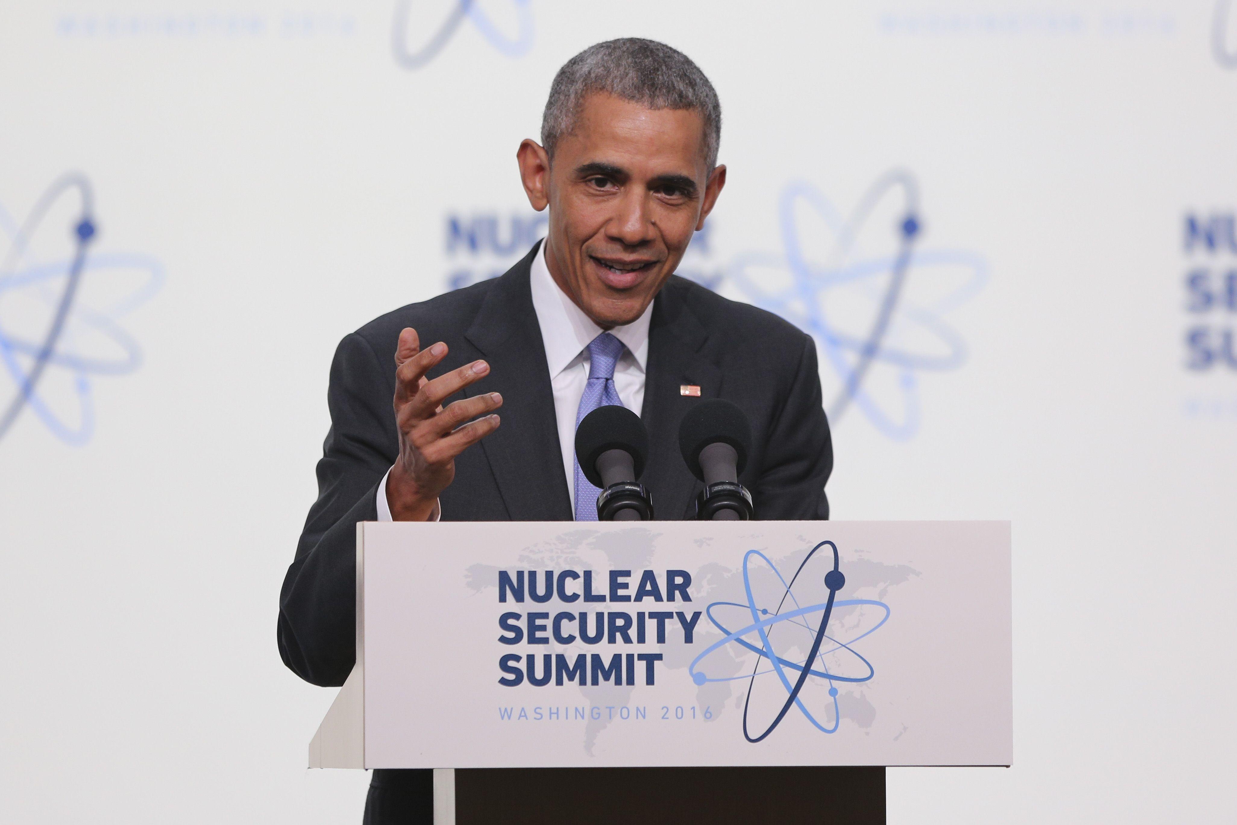 Obama le contestó a Trump sobre su plan nuclear: No sabe nada del mundo