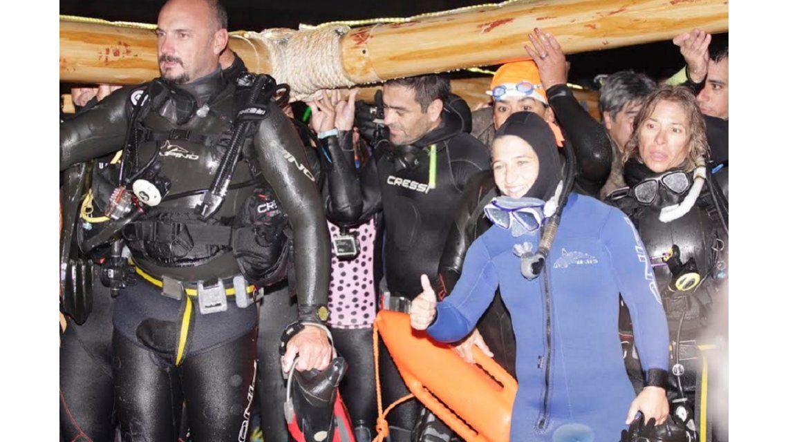 ¿Qué figura del deporte argentino participó del novedoso Vía crucis submarino?