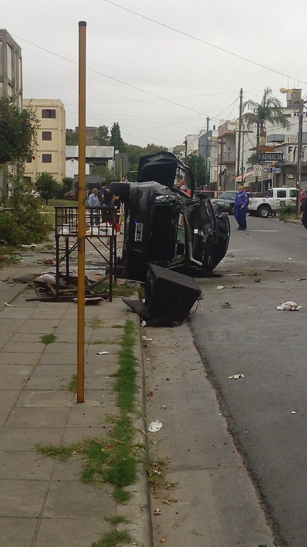 Un auto atropelló y mató a un joven: investigan si corría una picada