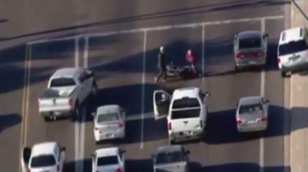 Escapaba de la policía, quiso robar una moto y se llevó una sorpresa